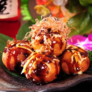 TAKOYAKI (fried octopus ball)